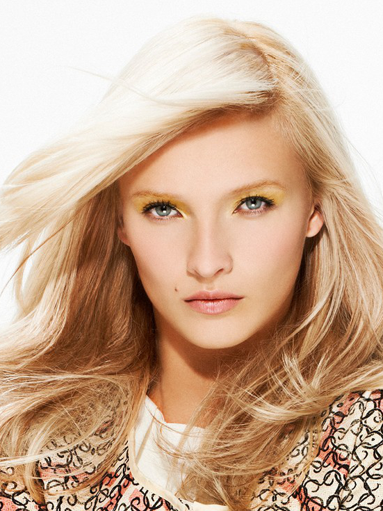 Light Blonde Hair With Plantinum Top Layers