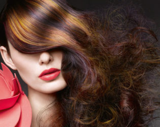 How to Style Layered Hair without Heat