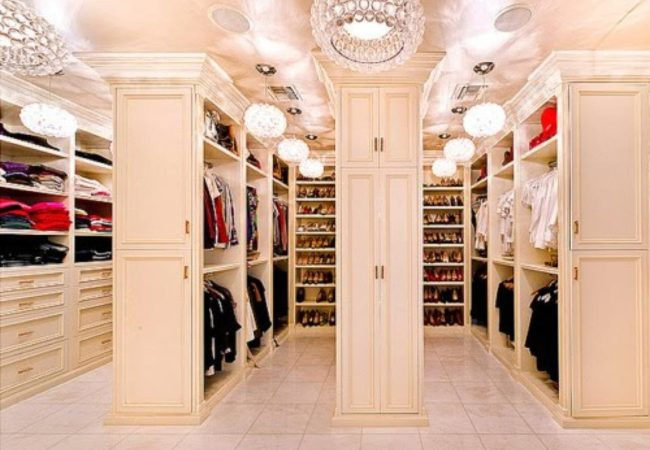 5 Amazing Celebrity Walk in Closets