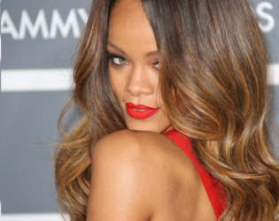 Rihanna Glam Waves Long Hairstyle