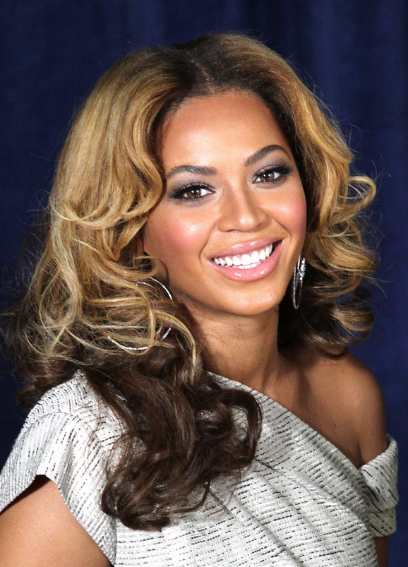 Beyonce Two Tone Curly Hair