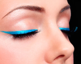 Turquoise Eyeliner For Brown Eyes