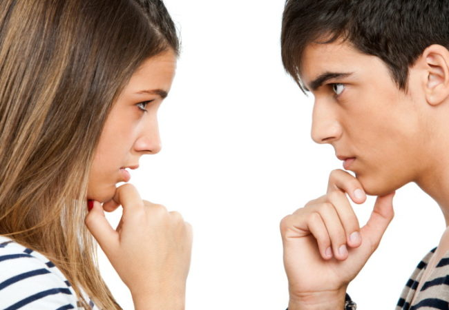 10 Signs Your Boyfriend Is Controlling