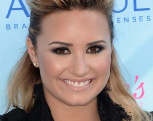 Demi Lovato Blonde Hair Color