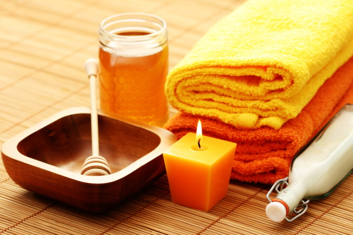 Honey And Milk For Facial Mask