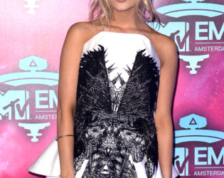 Laura Whitmore 2013 MTV EMAs Outfit