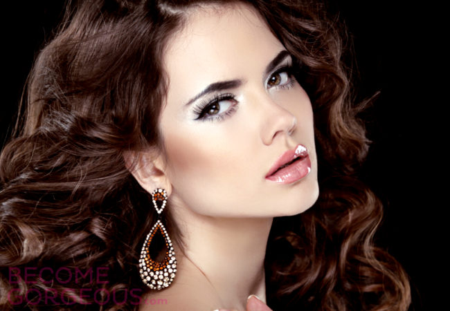 Choosing the Right Earrings for Your Hairstyle