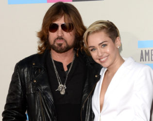 Miley Cyrus At The 2013 American Music Awards