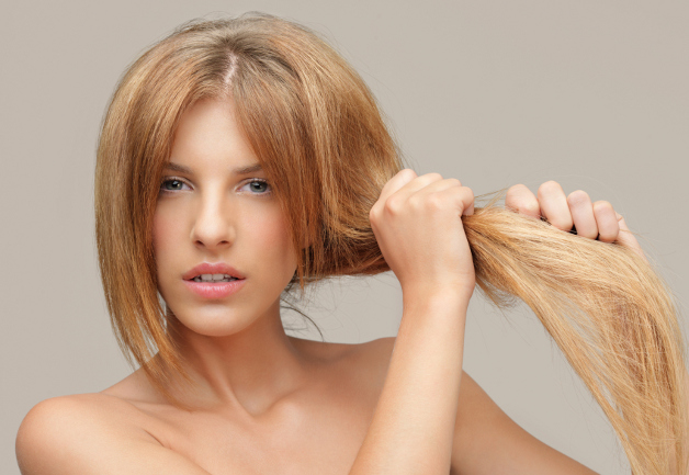 What Causes Dry Hair and How to Prevent It