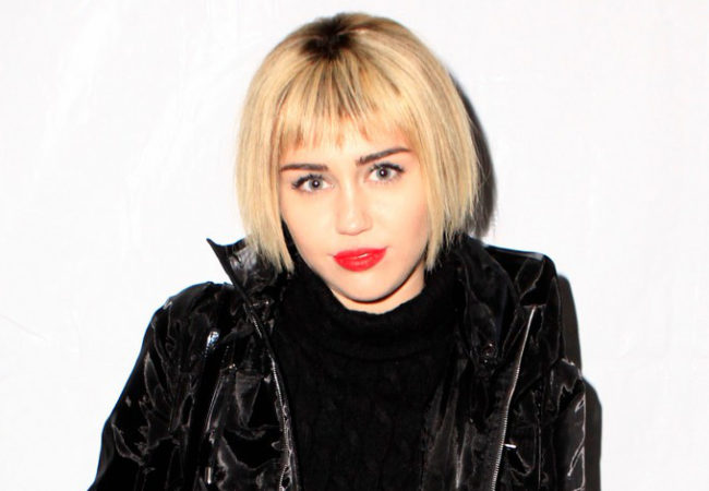 Miley Cyrus Debuts New Short Bob Hairstyle