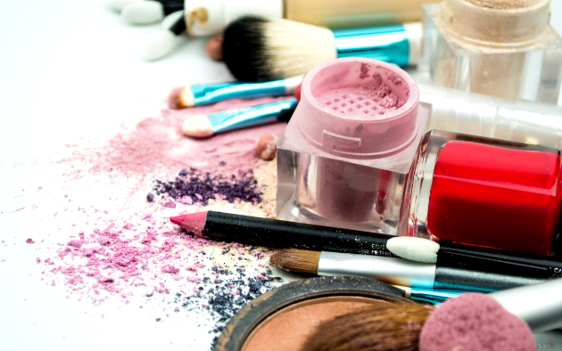 Top Beauty Hacks: How to Extend the Life of Your Makeup Products