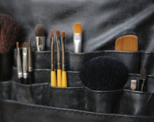 How To Store Makeup Brushes