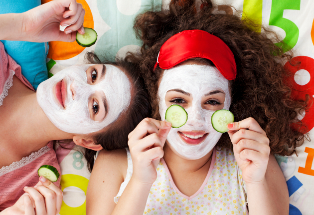Best Homemade Moisturizing Masks for Winter