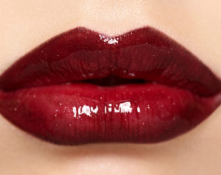 Perfect Cupids Bow Lips