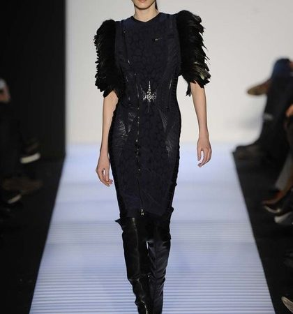 Herve Leger By Max Azria Fall 2014 Rtw Look  (16)