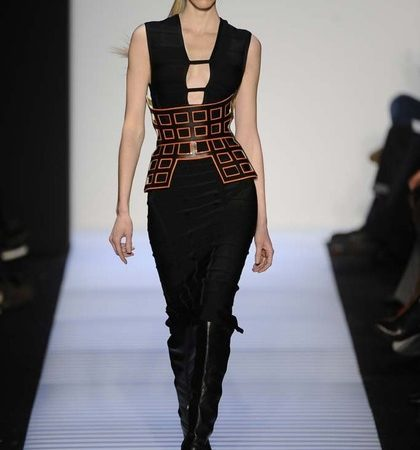 Herve Leger By Max Azria Fall 2014 Rtw Look  (6)