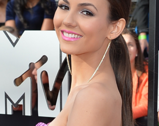 Victoria Justice Mtv Movie Awards 2014 Hairstyle