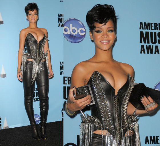 Rihanna 2008 American Music Awards Outfit