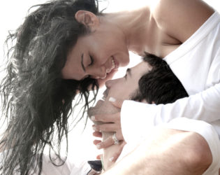 10 Ways to Tell Love from Lust