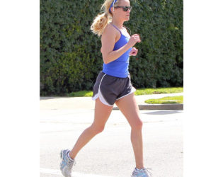 Reese Witherspoon Hates Working Out