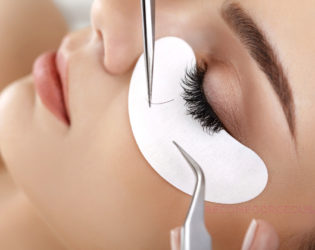 How NOT to Ruin Your Eyelash Extensions