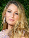 Blake Lively Does Her Own Makeup