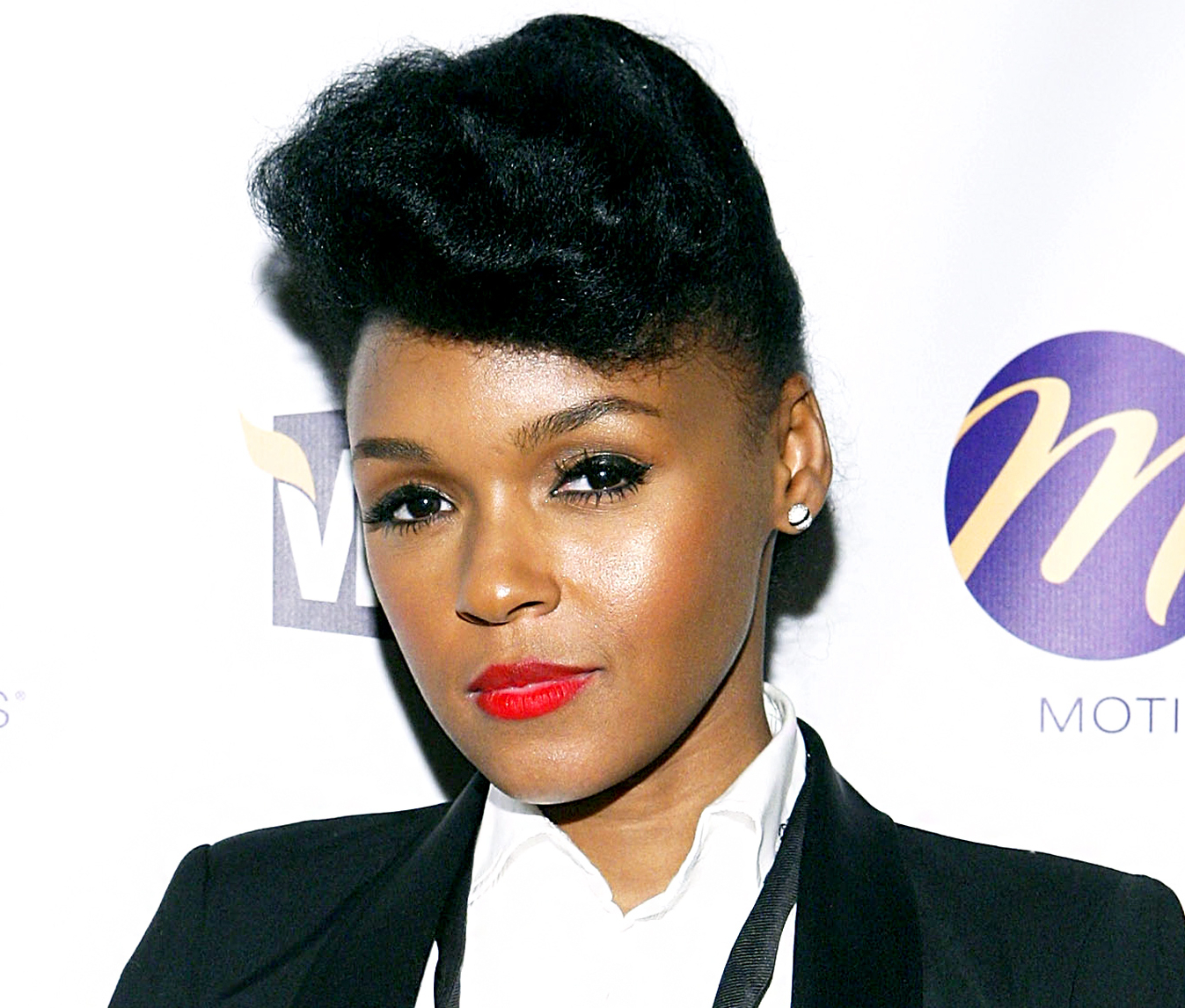 Janelle Monae Does Her Own Hair