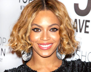 Beyonce Does Her Own Hair