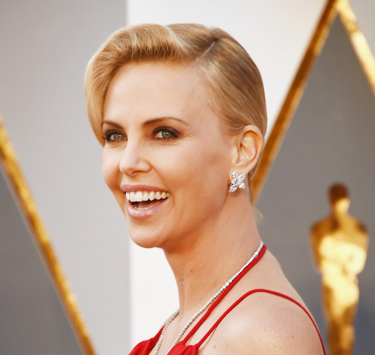 Oscars Hairstyles 2016 Charlize Theron
